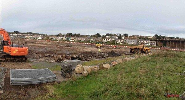 The latest update from Hayle Harbour looking across South Quay on November 4th http://twitpic.com/dkb8cx