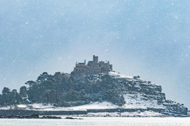 St Michaels mount at Marazion in the snow today - you don't see that often. #beastfromtheeast